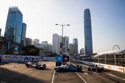 Alex Lynn, DS Virgin Racing leads Antonio Felix da Costa, Andretti Formula E Team