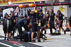 Red Bull Racing monteurs