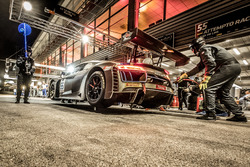 Pit stop, #55 Attempto Racing Audi R8 LMS: Pierre Kaffer, Kim Luis Schramm, Clemens Schmid