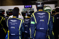 Aston Martin Racing mechanics