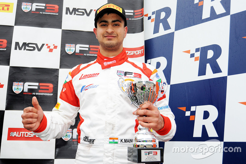 Podium: race winner Kush Maini, Lanan Racing
