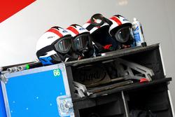 Шлемы механиков Ford Chip Ganassi Racing
