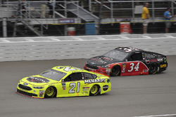 Paul Menard, Wood Brothers Racing, Ford Fusion Menards / Jack Links and Michael McDowell, Front Row