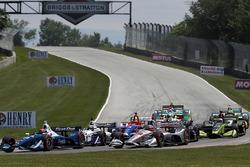 Ed Jones, Chip Ganassi Racing Honda, Will Power, Team Penske Chevrolet