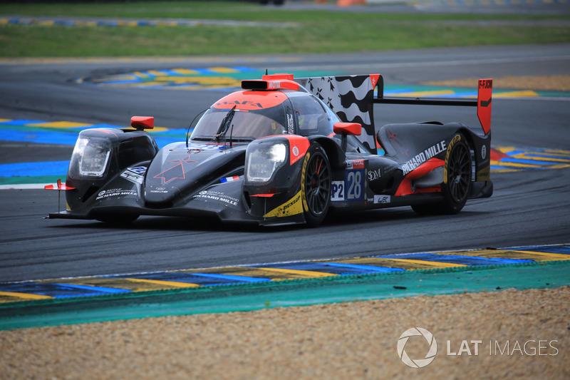 Для TDS Racing №28 (Франсуа Перродо, Матье Ваксивьер, Лоик Дюваль) гонка поначалу тоже не складывалась