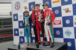 Подиум второй гонки, Артем Петров (DR Formula,Tatuus F.4 T014 Abarth #42), Йоб ван Уйтерт (Jenzer Mo