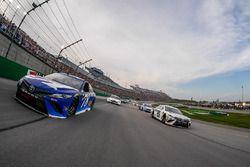 Martin Truex Jr., Furniture Row Racing, Toyota Camry Auto-Owners Insurance and Erik Jones, Joe Gibbs Racing, Toyota Camry Freightliner