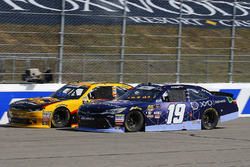 Brandon Jones, Joe Gibbs Racing, Toyota Camry XYO Networks and Daniel Hemric, Richard Childress Racing, Chevrolet Camaro South Point Hotel & Casino