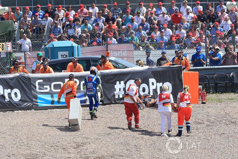 Rins and Pol Espargaro after crash