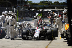 Felipe Massa, Williams FW40, leaves his pit box after a stop