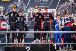 Pro-AM Podyum: Yarış galibi #3 Team WRT Audi R8 LMS: Gilles Magnus, Alessio Picariello, 2. #90 Akka