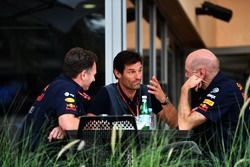Christian Horner, Team Principal Red Bull Racing, Mark Webber, e Adrian Newey, Red Bull Racing