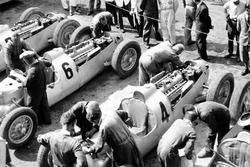 The Auto Union team in the paddock