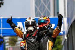 Jean-Eric Vergne, Techeetah feliciteert teamgenoot Andre Lotterer, Techeetah