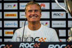 Winnaar David Coulthard in de persconferentie