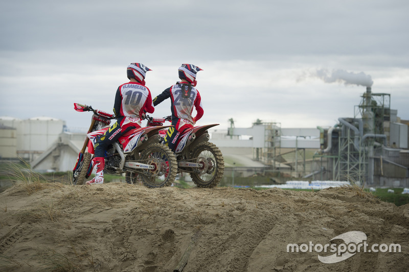 Calvin Vlaanderen dan Tim Gajser, Team HRC