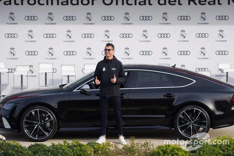 Cristiano Ronaldo con su nuevo Audi