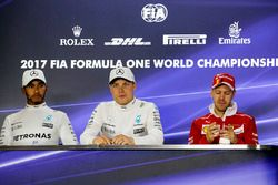 Press conference: race winner Valtteri Bottas, Mercedes AMG F1, second place Lewis Hamilton, Merced