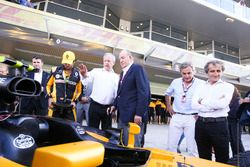 Alain Prost with Juan Carlos, former king of Spain around the Renault Sport F1 Team garage