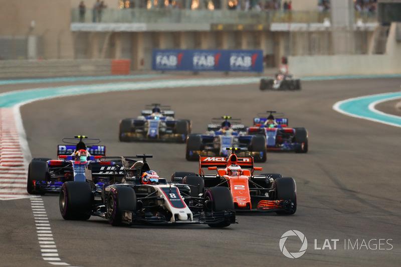 Romain Grosjean, Haas F1 Team VF-17, Stoffel Vandoorne, McLaren MCL32, Pierre Gasly, Scuderia Toro R