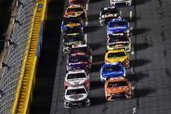 Kevin Harvick, Stewart-Haas Racing, Ford Fusion Jimmy John's, Daniel Suarez, Joe Gibbs Racing, Toyota Camry ARRIS