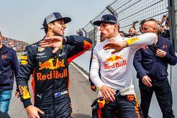 Daniel Ricciardo en Max Verstappen tijdens de Jumbo Racedagen