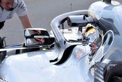 Lewis Hamilton, Mercedes AMG F1 W09 spiegel