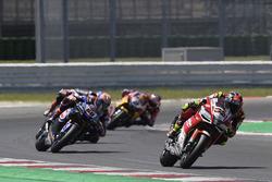 Lorenzo Savadori, Milwaukee Aprilia, Michael van der Mark, Pata Yamaha
