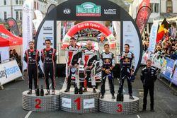 Podio: Elfyn Evans, Daniel Barritt, Ford Fiesta WRC, M-Sport, Thierry Neuville, Nicolas Gilsoul, Hyu