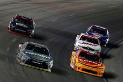 Erik Jones, Joe Gibbs Racing Toyota Kyle Larson, Chip Ganassi Racing Chevrolet