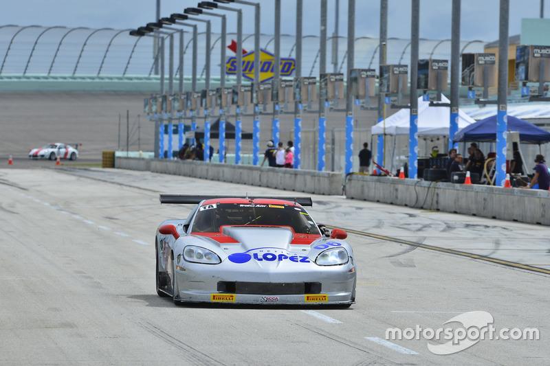 #06 MP1A Chevrolet Corvette, R.J. Lopez, Team Optica Lopez