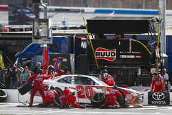 Christopher Bell, Joe Gibbs Racing, Ruud Toyota Camry, pit stop