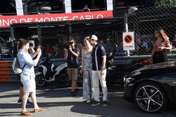 Sergio Perez, Force India poses for a photo with fans