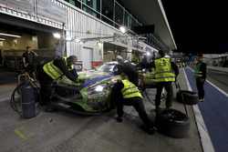 Pit stop, #16 SPS automotive performance Mercedes-AMG GT3: Valentin Pierburg, Tim Müller, Lance-Davi