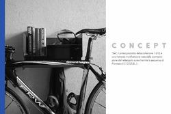 Terzo classificato Francesco Claudio Lindo, IAAD Istituto d'Arte Applicata e Design, Torino, con Sei, mensola multifunzione.