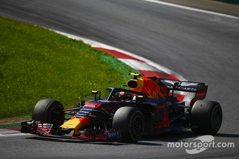 Verstappen says he has things under control