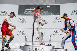 Podium: second place Leonardo Pulcini, Campos Racing, Callum Ilott, ART Grand Prix, third place Alessio Lorandi, Trident