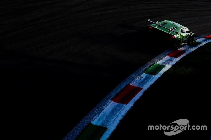 3. #82 GRT Grasser Racing Team Lamborghini Huracan GT3: Rolf Ineichen, Franck Perera, Phil Keen
