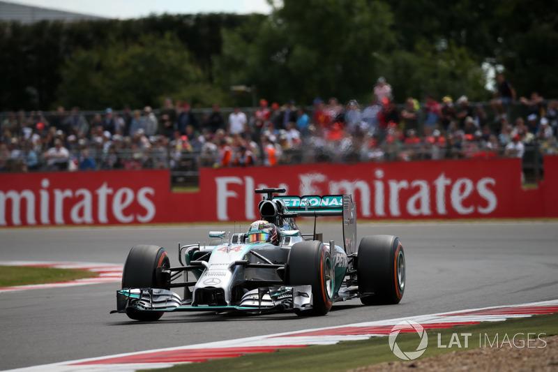 2016: Lewis Hamilton, Mercedes AMG F1 W05