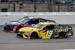 Daniel Suarez, Joe Gibbs Racing, Toyota Camry STANLEY e Alex Bowman, Hendrick Motorsports, Chevrolet Camaro Axalta
