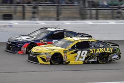 Daniel Suarez, Joe Gibbs Racing, Toyota Camry STANLEY and Alex Bowman, Hendrick Motorsports, Chevrolet Camaro Axalta
