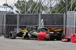 La voiture accidentée de Nico Hulkenberg, Renault Sport F1 Team R.S. 18
