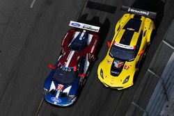 #3 Corvette Racing Chevrolet Corvette C7.R, GTLM: Antonio Garcia, Jan Magnussen, #67 Chip Ganassi Racing Ford GT, GTLM: Ryan Briscoe, Richard Westbrook