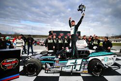 Race winner Justin Bonsignore