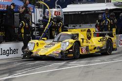 #85 JDC/Miller Motorsports ORECA 07, P: Simon Trummer, Robert Alon, pit stop
