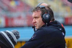 Генеральный менеджер Schmidt Peterson Motorsports Пирс Филлипс