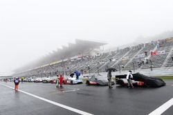 Cars lined up on the start/finish straight