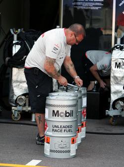 Mobil race fuel for McLaren