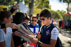 Lance Stroll, Williams signs autographs for the fans
