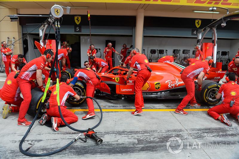Latihan pitstop Ferrari